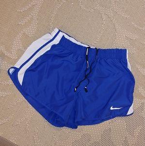 ❤NWOT nike shorts